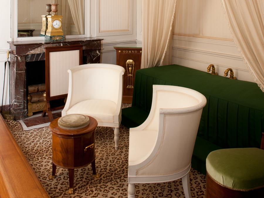 Le grand trianon ch teau de versailles for Salle de bain louis xv