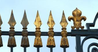 Restauration des grilles de la cour d'Honneur