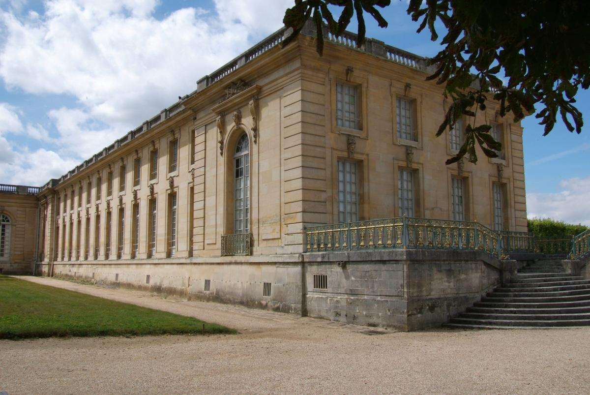 Restauration du grand trianon ch teau de versailles - Mobilier jardin guadeloupe versailles ...